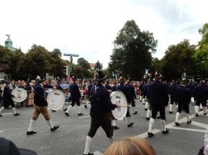 Parade 005